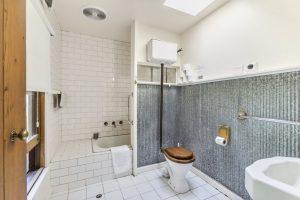 Bathroom 300x200 - Bathroom